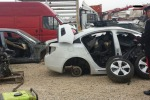 Furti e ricettazione di auto, scoperta centrale operativa a Catania: una denuncia
