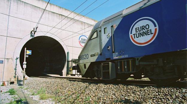 eurotunnel, manica, profughi, Sicilia, Cronaca
