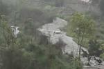 Nubifragio nel Catanese, auto trascinate dall'acqua. Resta aperto l'aeroporto