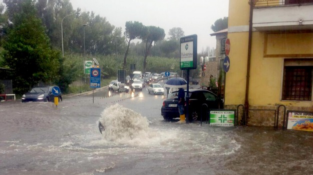 anziano, Maltempo, polizia, Palermo, Cronaca