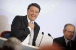 """Il consiglio dei ministri vara la manovra, Renzi: """"Tasse giù, comuni liberi di spendere"""""""