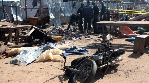 bombe, esplosione, Mauduguri, moschea, nigeria, vittime, Sicilia, Mondo