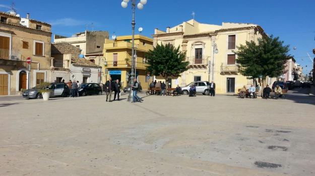 santa croce camerina, studenti, trasporto, Ragusa, Economia