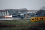 """Il Governo conferma la partecipazione ai bombardamenti in Iraq: """"Attacco non imminente"""""""