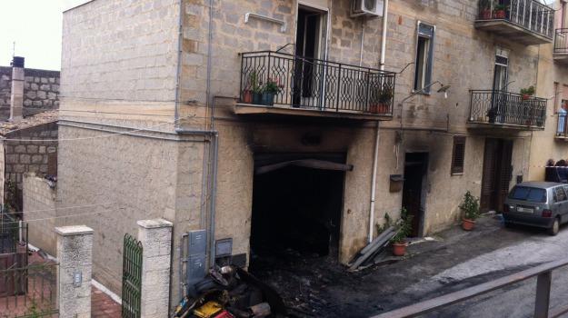 casa, incendio, Palermo, Cronaca