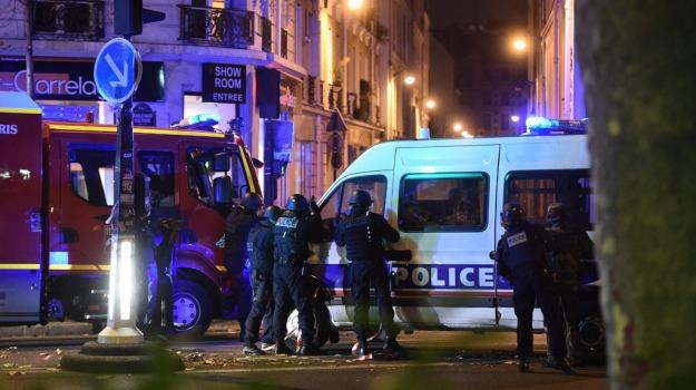 attentanto, polizia, terrorismo, Catania, Archivio