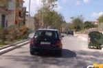 Auto crivellata di colpi, intimidazione a Niscemi