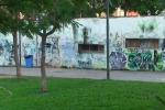 Palermo, vandali nella villa: negli anni rubata pure la fontanella