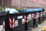 Operai al lavoro a Trapani per ripulire la città