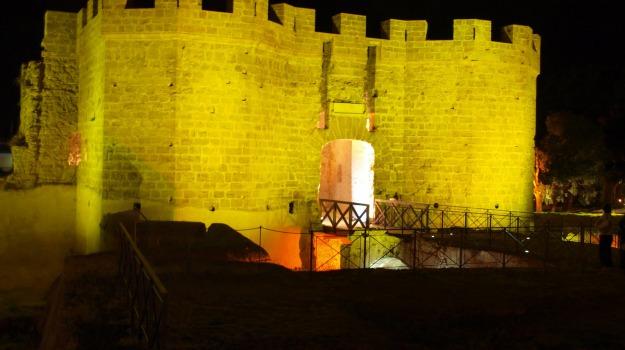 Cala, castello a mare, Palermo, Cultura