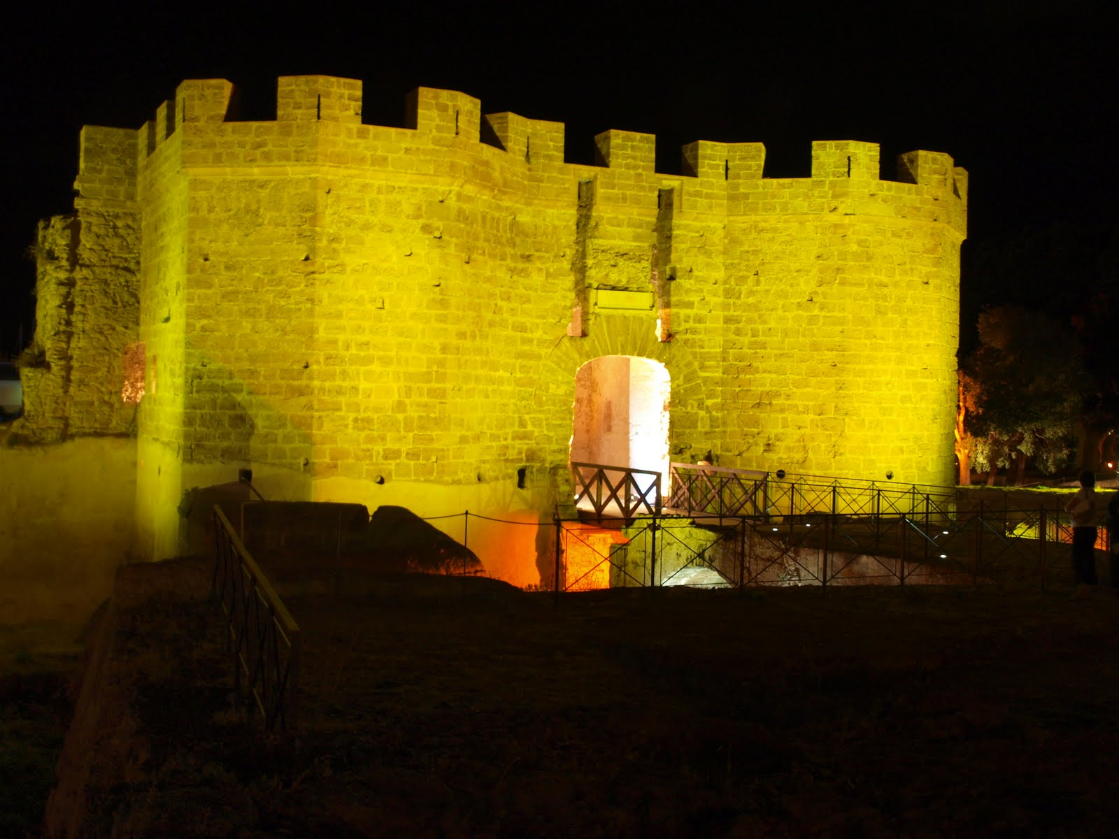 Letti A Castello Palermo.Il Castello A Mare Simbolo Di Palermo Tra Storia E Archeologia