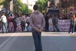 Gli studenti palermitani protestano per le strade della città: il video