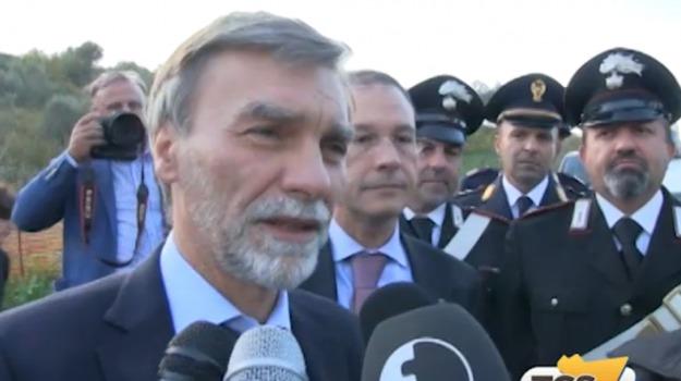governo, pil, Sicilia, Politica