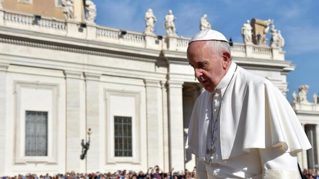 battesimo, Chiesa, vaticano, Papa Francesco, Sicilia, Cronaca