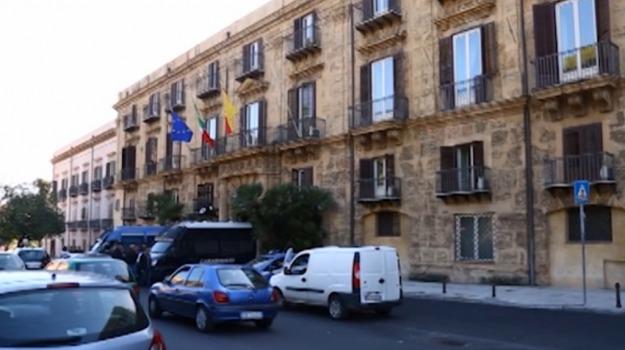 spazi ricreativi sicilia, Sicilia, Economia