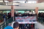 Universitari contro il nuovo Isee, la protesta in viale delle Scienze a Palermo: le foto