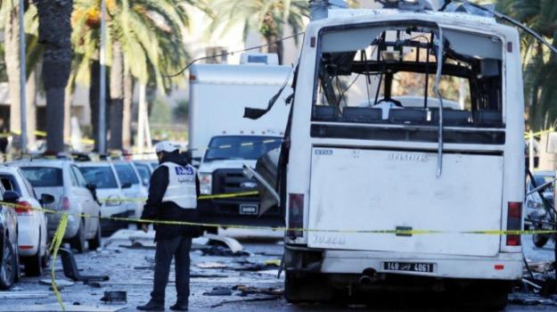 attentato, guardie presidenziali, kamikaze, Tunisia, Sicilia, Mondo