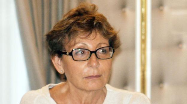 Anna Rosa Corsello, Sicilia, Cronaca