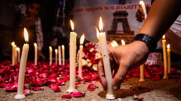attentati a parigi, califfato, Isis, terrorismo, Sicilia, Archivio