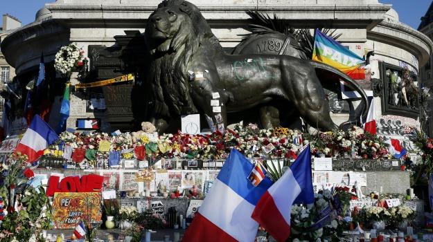 attentati, parigi, terrorismo, Sicilia, Mondo