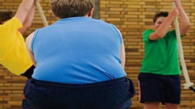 bambini, obesità, Sicilia, Società