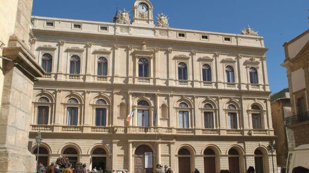 comuni, Gino Ioppolo, Catania, Politica