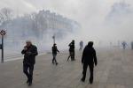 Conferenza sul clima, tensione a Parigi: 317 manifestanti fermati