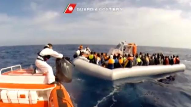 immigrazione, pozzallo, sbarco, Ragusa, Cronaca