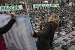 Conferenza sul clima, momenti di tensione a Parigi: scontri tra manifestanti e la polizia