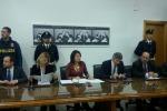 Gli imprenditori denunciano: 22 arresti a Gela - Nomi e foto
