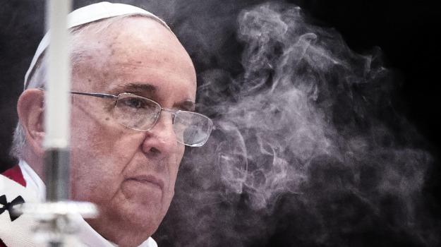 angelus, controlli, papa, parigi, san pietro, terrorismo, tragedie, francois hollande, Papa Francesco, Sicilia, Archivio