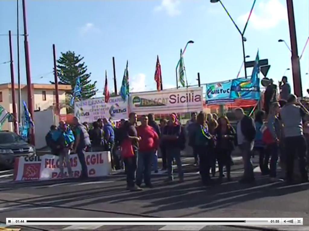 Centri commerciali in sciopero, sabato manifestazione a