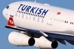 Paura sul volo New York-Istanbul per un allarme bomba, aereo deviato