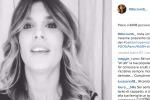 La Canalis augura buone feste su Instagram: il video