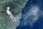 L'Etna si risveglia: ecco il vulcano visto dallo spazio - Foto