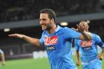 Il Napoli piega il Sassuolo e allunga Pari dell'Inter che ora è a -4 - Video