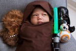 E' Star Wars mania: la figlia Mark Zuckerberg in versione Jedi su Facebook - Foto