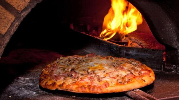 pizzeria, Trapani, Economia
