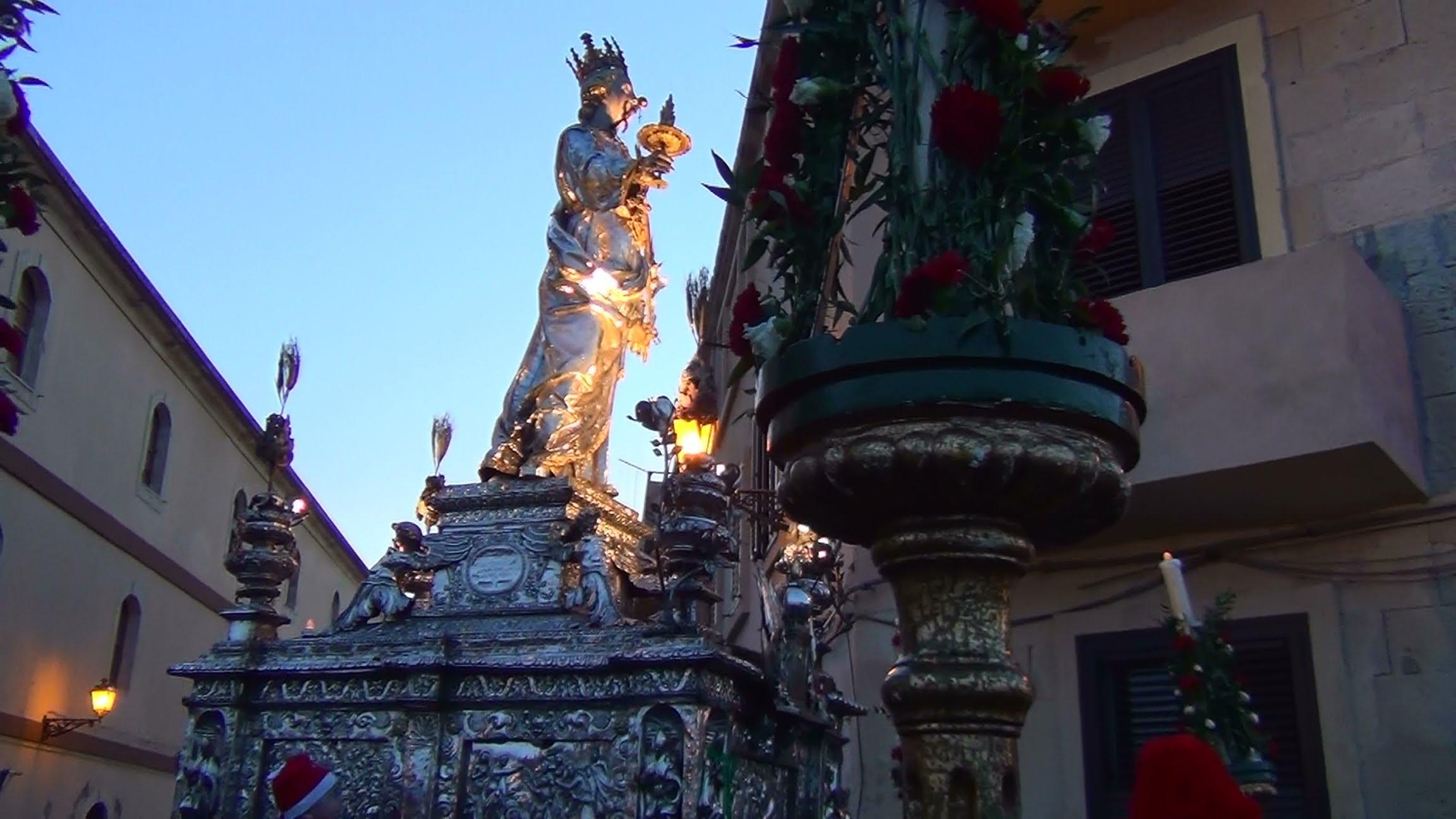 Santa Lucia festeggia la sua patrona