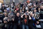 Sale la febbre per Star Wars: l'attesa dei fan di tutto il mondo - Foto