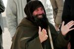 A piedi e con la croce di legno sulle spalle, Biagio Conte andrà da papa Francesco