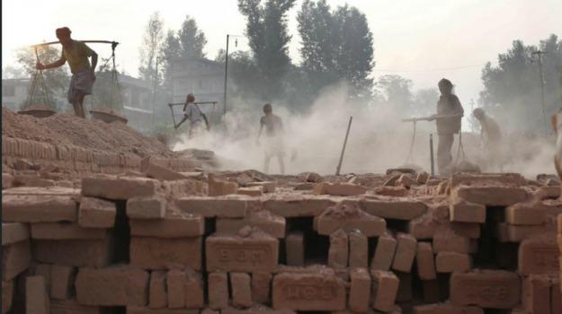 fabbrica mattoni, feriti, miniera, Nepal, operai, vittime, Sicilia, Mondo