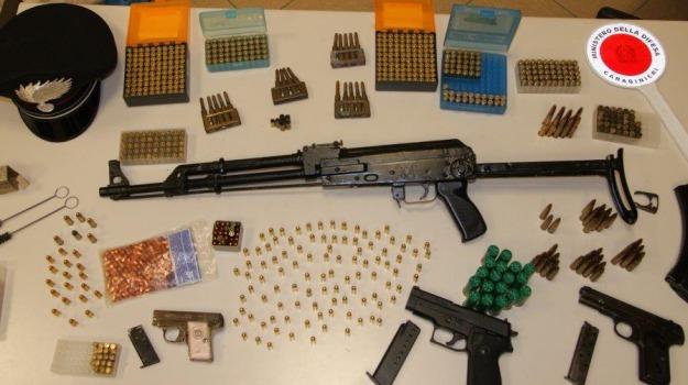 armi, munizioni, Palagonia, sequestro, Catania, Cronaca