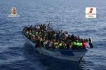 Messina, i profughi accolti nelle chiese