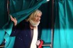 Francia, Marine Le Pen si candida in tv a Presidenziali del 2017