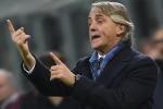 L'ex allenatore dell'Inter Mancini si gode le vacanze a Siracusa