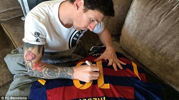 auotgrafata, magliettina, Lionel Messi, Ronaldinho, Sicilia, Sport