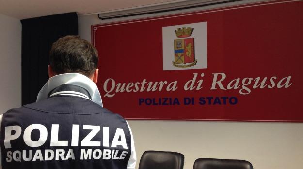 abusi su minori, polizia, violenza sessuale, Ragusa, Cronaca