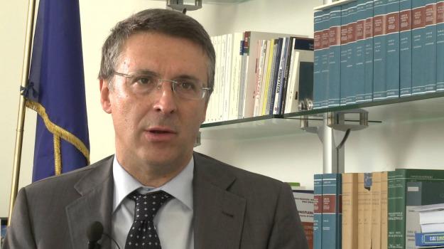 anticorruzione, MOVIMENTO 5 STELLE, sindaco quinto, Raffaele Cantone, Rosa Capuozzo, Sicilia, Politica