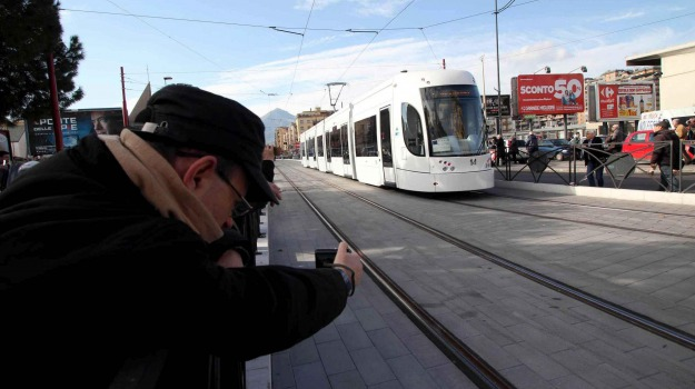anello ferroviario palermo, tram palermo, Graziano Delrio, Leoluca Orlando, Palermo, Cronaca